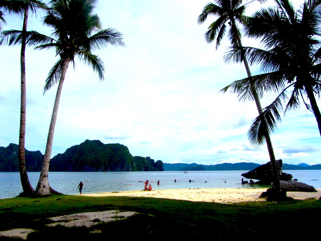 A Break in Paradise [Philippines#3]